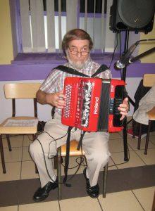 Michel à l'accordéon